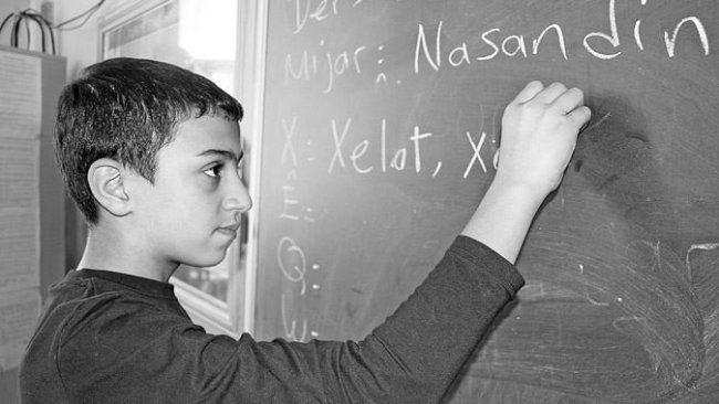 Kürtçe öğretmenleri: Ders seçiminde ailelerin de sorumluluğu var