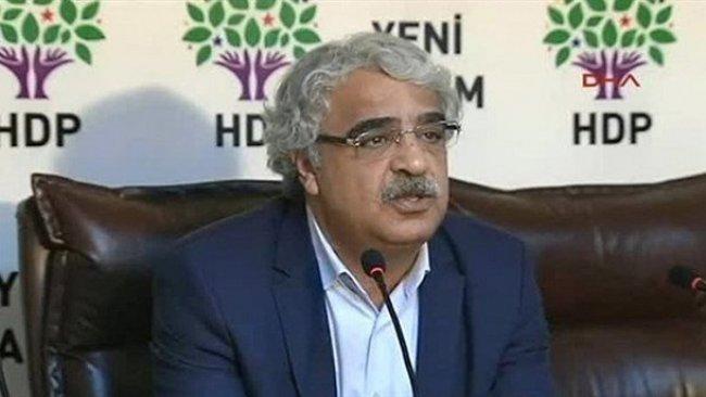 Mithat Sancar: Kapatma tehdidi sadece HDP'ye yönelik değil