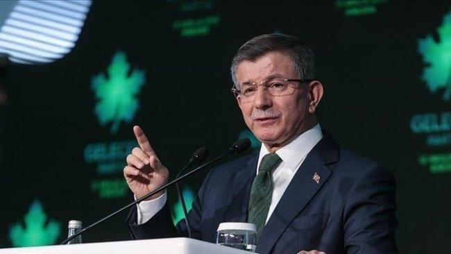 Davutoğlu: 'Bahçeli çok tehlikeli mesajlar veriyor, Erdoğan yol ayrımında'