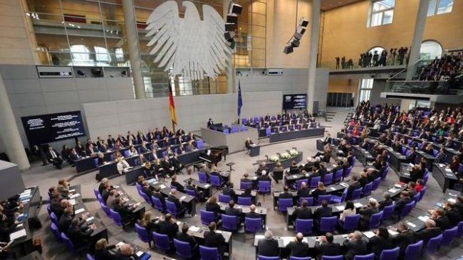 Türkiye'ye silah ambargosu Almanya Parlamentosu'nda
