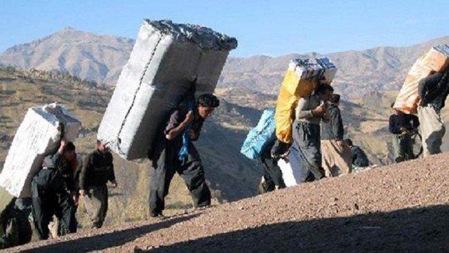 İran güçleri Kürt kolberlere saldırdı: 3 yaralı