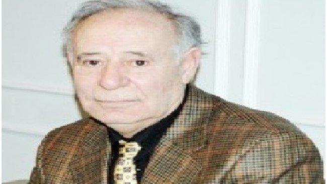 Ahmet Kahraman Kimdir?