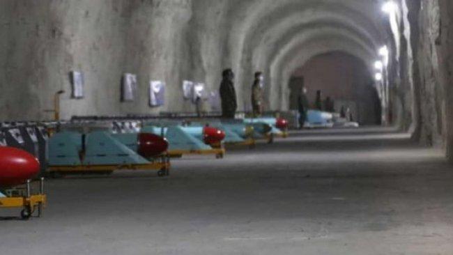 İran Devrim Muhafızları yeni 'füze kenti'ni tanıttı