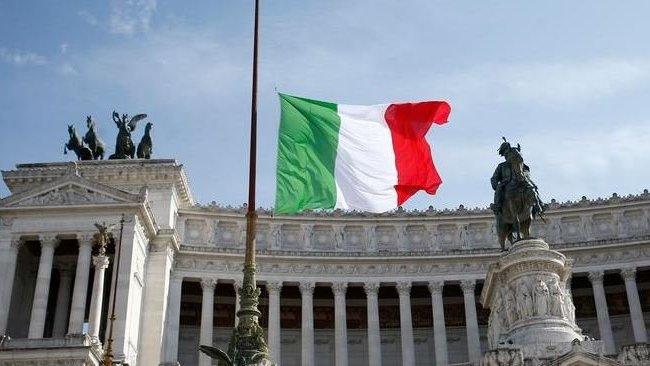 İtalya'nın tamamı 'kırmızı bölge' ilan edildi