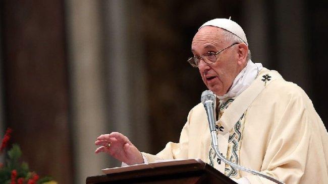 Papa: Pandemi döneminde çatışmak ve silahlanmak skandaldır