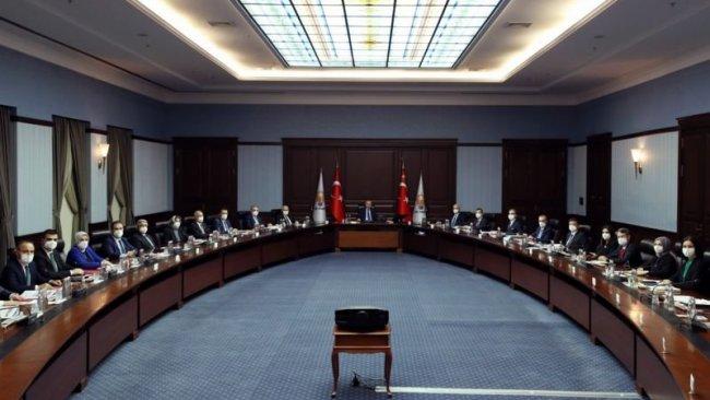 AK Parti'den bildiri yayımlayan amirallere 'sosyal ölüm' planı
