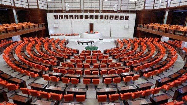HDP ve DBP'li 11 milletvekili hakkında 14 yeni fezleke