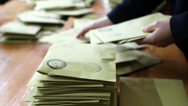Seçimde oy kullanmak için 'üç ay kuralı' getiriliyor