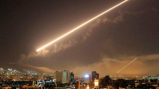 SOHR: İsrail Suriye'de 29 hedefi vurdu