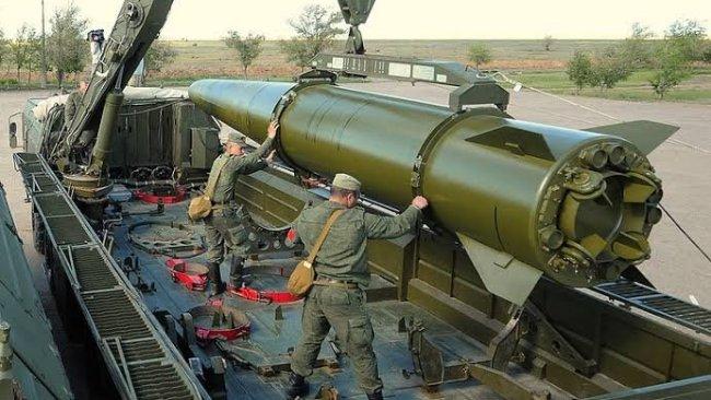 Rusya İskender füzelerini Ukrayna sınırına sevketti!