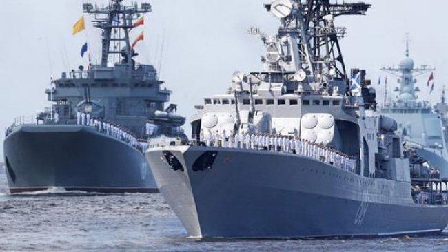 Rusya 15 savaş gemisini Karadeniz'e gönderiyor