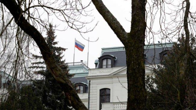 Çekya 18 Rus diplomatını sınır dışı etme kararı aldı