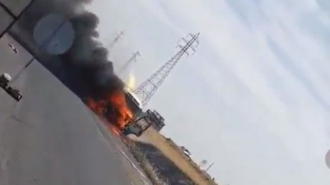 Duhok'ta Peşmergeleri taşıyan minibüs alev aldı! 5 Peşmerge yaralandı!