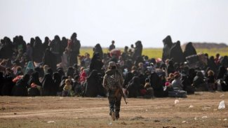 IŞİD mensubu 100 Iraklı aile Musul'daki kampa yerleştirilecek