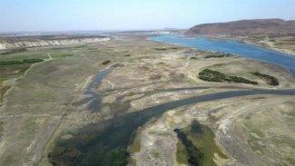 'Türkiye 'suyu' Rojava'ya karşı bir silah olarak kullanıyor'
