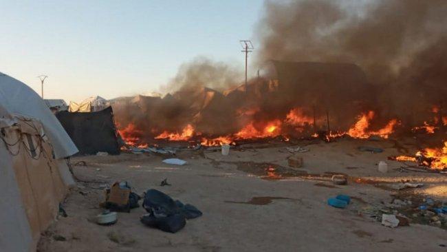 Rojava'daki Hol Kampı'nda yangın
