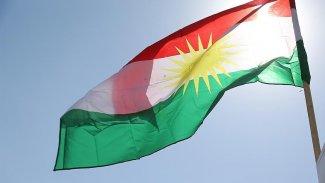 Yeni Şafak'ın Kürdistan Bayrağı'na hakaretine tepki yağdı!