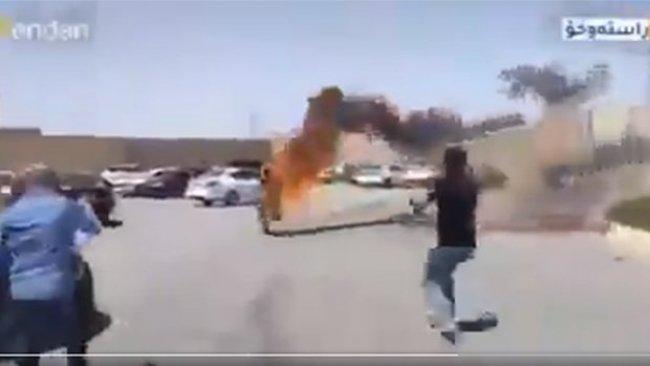 Doğu Kürdistanlı genç, BM ofisi önünde kendini yaktı