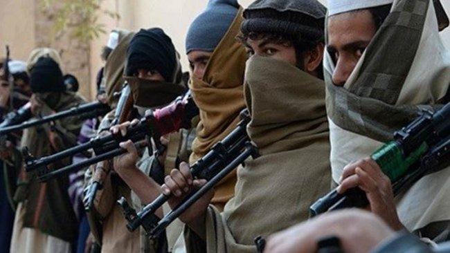 Afganistan: Taliban il merkezlerinin yarısından fazlasını kuşattı