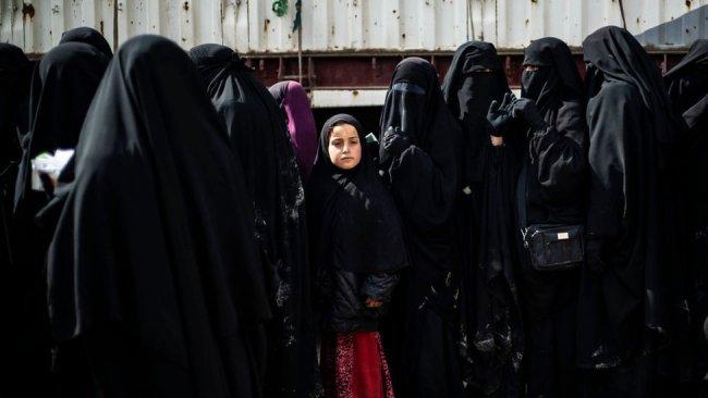 IŞİD'li aileler Hol Kampı'ndan Musul'a dönüyor
