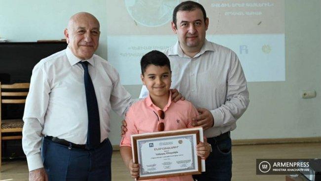 Ermenistan'da 9 yaşındaki Kürt çocuğa teşekkürname