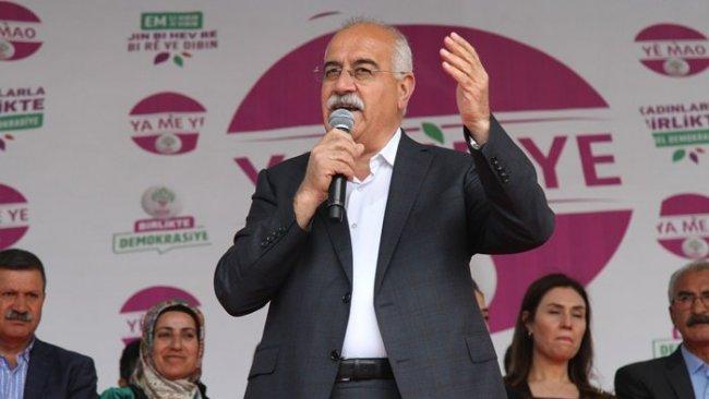 Görevden alınan Van Büyükşehir Belediye Eş Başkanı gözaltına alındı