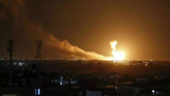 İsrail'in hava saldırısında 7 Suriye askeri öldü