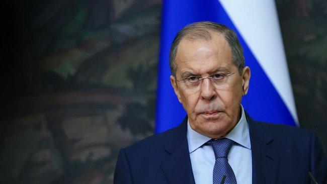Lavrov: ABD Suriye'de tehlikeli bir sorunla oynuyor