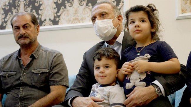 Irak Başbakanı Kazımi, hayatını kaybeden Kürt albayın ailesini ziyaret etti