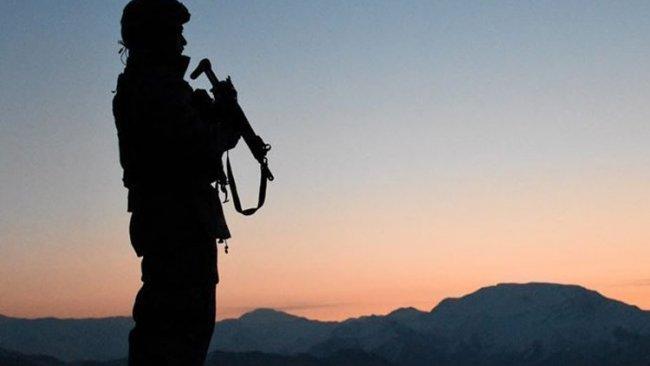Metina'da bir asker hayatını kaybetti