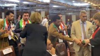 Yeni kurulan partinin ilk kongresinde Kürdistan Bayrağı gerginliği