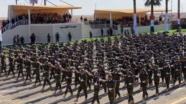 Haşdi Şabi'den askeri tören