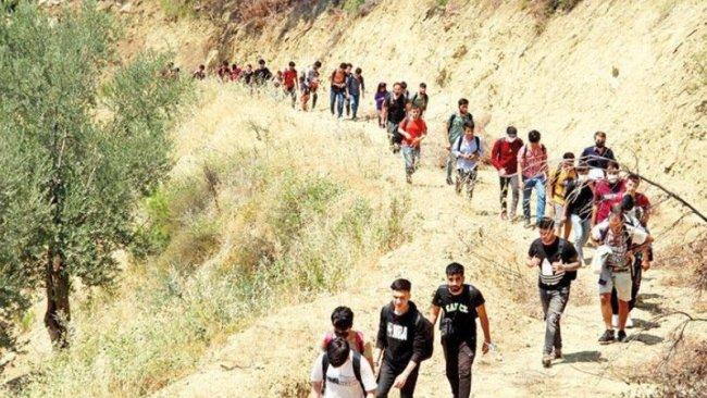 AB, Afganistan'dan göçü engellemek için harekete geçiyor