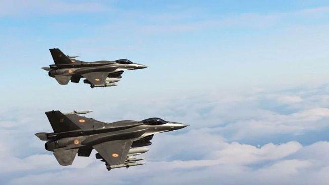 ABD'den Taliban'a hava saldırıları