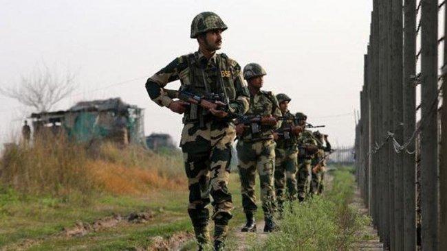 Pakistan, Afgan sınırına asker yığınağına başladı