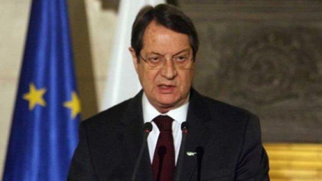 Anastasiadis: Kuzey Kıbrıs yönetimine seyahat yaptırımı getirebiliriz