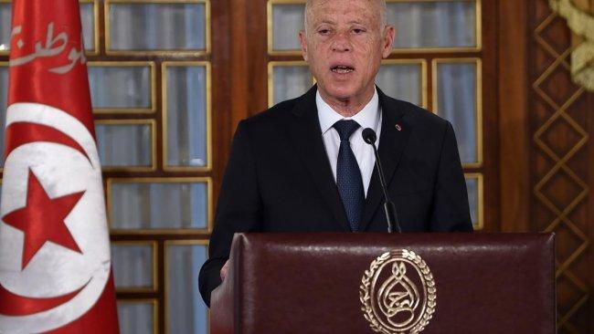 Tunus'ta Cumhurbaşkanı Meclis'i feshetti