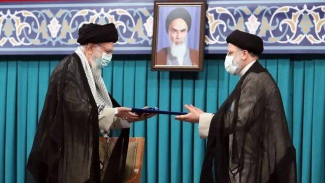İran'ın yeni Cumhurbaşkanı Reisi, mazbatasını aldı