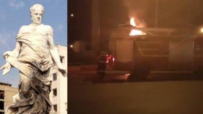Mahabad'da Kürt şairin heykeli yakıldı
