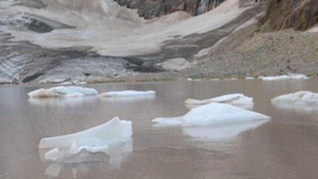 Cilo Dağı'nın 20 bin yıllık buzulları eriyor