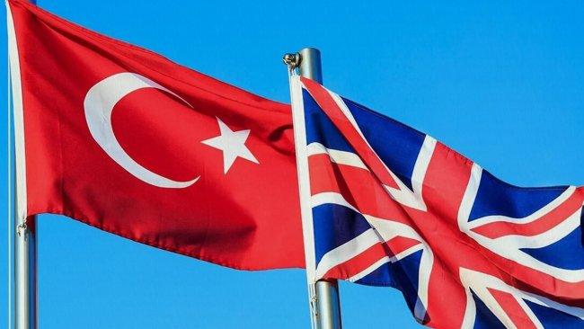 İngiltere, Türkiye'yi kırmızı listeden çıkarıyor
