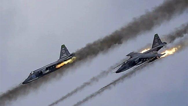 Rus uçakları Afrin'de Türkiye destekli grupları hedef aldı