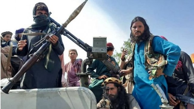 Pencşir'in Paryan ilçesi Taliban kontrolüne geçti