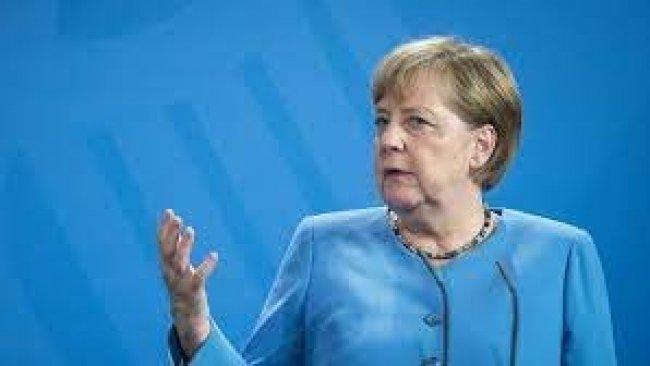 Merkel: Bizler kobay fareleri değiliz