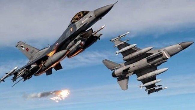 Rus savaş uçakları HTŞ üslerini bombaladı