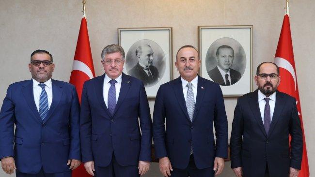 Çavuşoğlu, Suriye muhalefeti heyeti ile görüştü