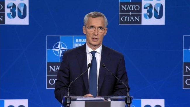 Stoltenberg: Taliban'ın yönetimi ele geçirmesinin nedeni...