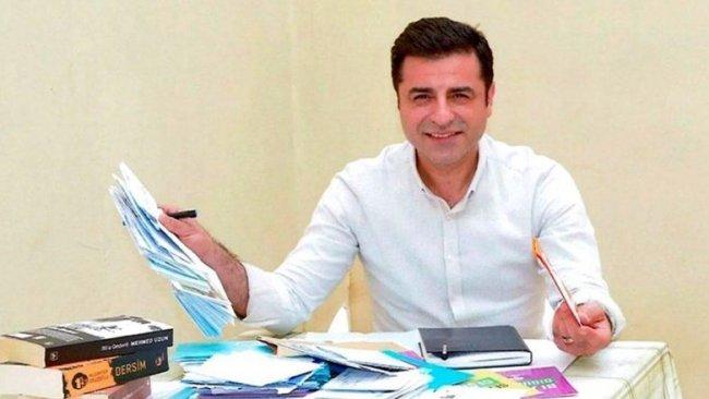 Avukatlardan AİHM'ye: Demirtaş siyasetten silinmek amacıyla tutuklandı