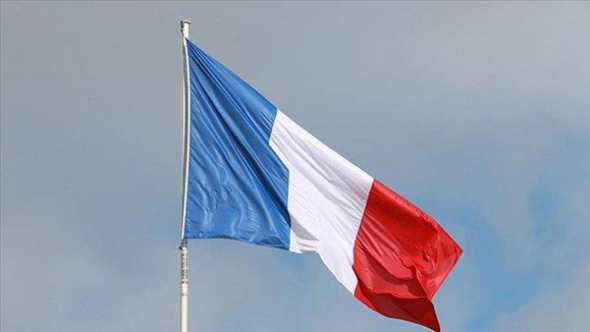 Fransa ABD ve Avustralya'daki büyükelçilerini geri çağırdı