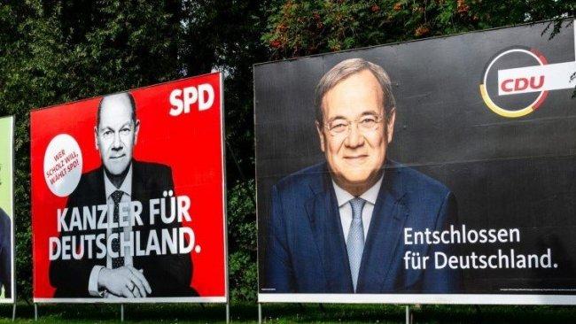 Almanya'da başa baş seçim yarışı